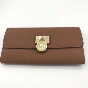 🌺 Michael Kors 🌺 Brown Wallet